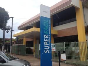 Emissão de carteira de identidade deixou de ser realizada no Super Fácil do Centro de Macapá (Foto: Abinoan Santiago/G1)