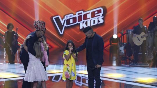 Fortes emoções e lágrimas dos participantes marcam estreia da fase ao vivo no 'The Voice Kids'