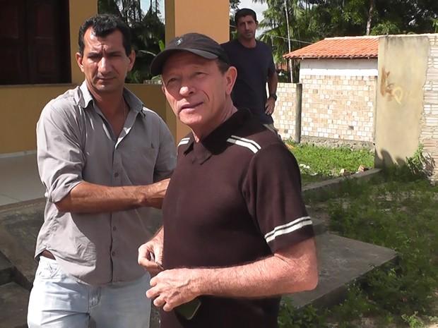 Ex-prefeito foi preso por agentes da Superintendência Estadual de Investigações Criminais (Foto: Divulgação)