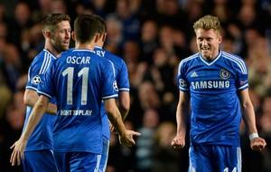Oscar e Schurlle Chelsea x PSG (Foto: AFP)