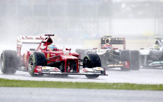 Alonso treino GP de Silvestone (Foto: EFE)