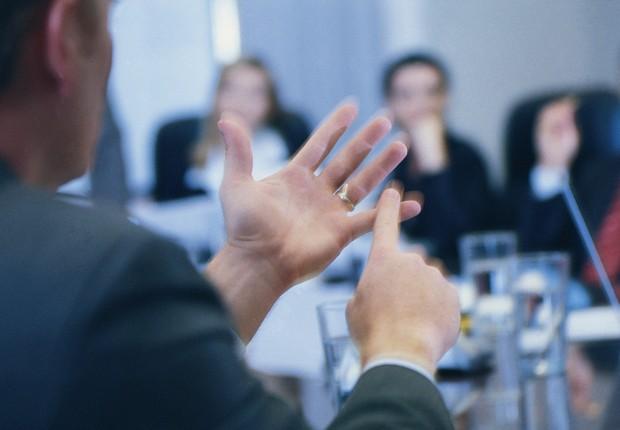 Feedback - conversa - chefe - diálogo - retorno - reunião - equipe - liderança - conversa  (Foto: Thinkstock)