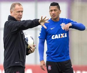Mano Menezes e Ralf no treino do Corinthians (Foto: Daniel Augusto Jr. / Agência Corinthians)