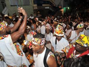 Saída do bloco Ilê Aiyê (Foto: Beto Jr./Agecom)