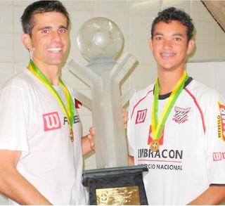 Victor e Réver no Paulista de Jundiaí em 2005 (Foto: Divulgação / Paulista FC)
