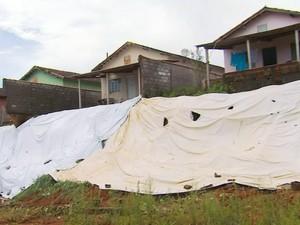 Prefeitura faz obras emergenciais após chuvas no fim de semana em Muzambinho, MG (Foto: Reprodução EPTV)
