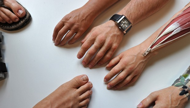 Próteses criadas por empresa Stamos+Braun Prothesenwerk são ultrarrealistas  (Foto: AFP Photo/Matthias Hiekel)