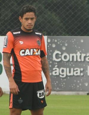 Carlos Eduardo, meia do Atlético-MG (Foto: Fernando Martins Y Miguel)