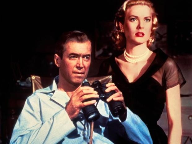 James Stewart e Grace Kelly em cena de 'Janela indiscreta' (Foto: Divulgação/Paramount Pictures)