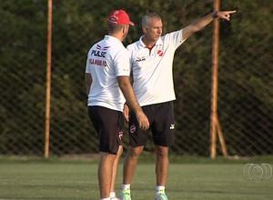 Márcio Fernandes - técnico do Vila Nova (Foto: Reprodução / TV Anhanguera)