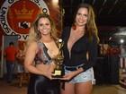 Viviane Araújo e Raissa Machado caem no samba na Viradouro