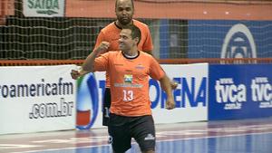 Jogadores do Brasnorte comemoram segundo gol contra o Nioaque (Foto: Reprodução/TV Morena)