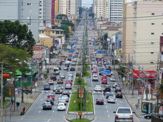 Trânsito começou a aumentar por volta das 6h30 (Foto: Adtriana Justi / G1)
