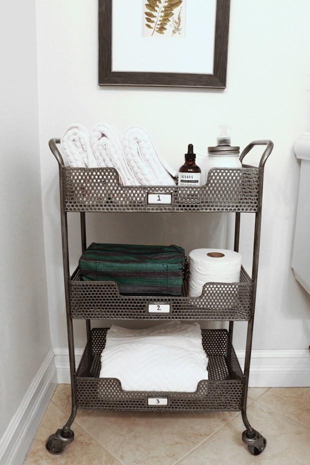 carrinho-para-banheiro (Foto: The Inspired Room/Reprodução)