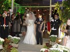 Perlla e Cassio Castilhol se casam no Rio