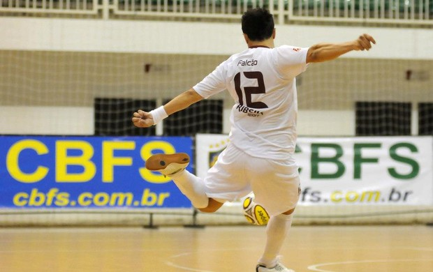 Falcão Orlândia x AABB Superliga de Futsal (Foto: Luciano Bergamaschi/CBFS)