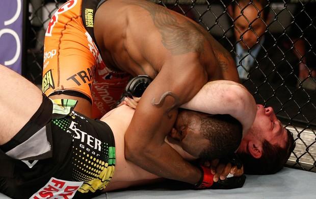 UFC  Nikita Krylov e Ovince Saint Preux (Foto: Agência Getty Images)