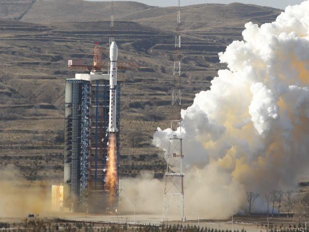 Cbers-4 foi lançado pelo foguete Longa Marcha 4B da base de Taiyuan, na China. (Foto: Divulgação/INPE)