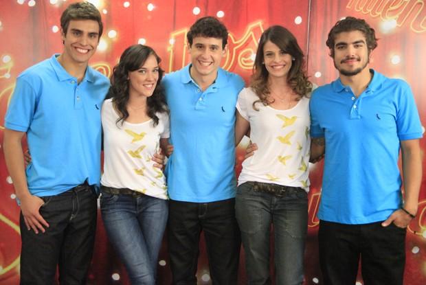 Caio Castro e Adriana Birolli revivem personagem na final do Concurso de Talentos Malhação (Foto: Caldeirão do Huck/ TV Globo)