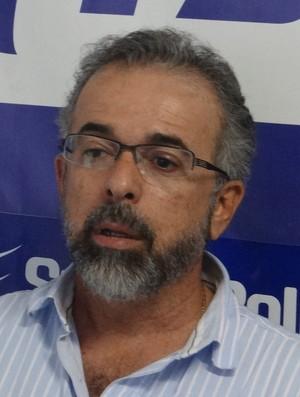 Carlinhos da Barra vai ser o vice de futebol do CSA (Foto: Denison Roma / GloboEsporte.com)