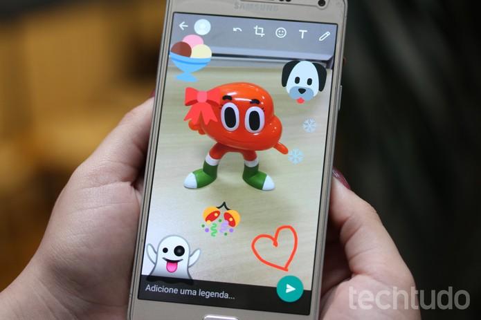 WhatsApp ganha recursos semelhantes ao Snapchat (Foto: Carolina Ochsendorf/TechTudo)