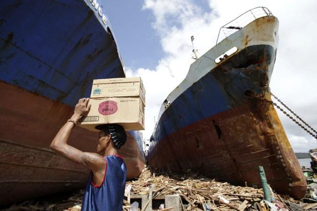 philippines-typhoon_fran-1.jpg