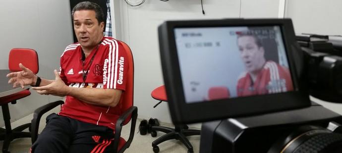 Luxemburgo Flamengo entrevista (Foto: Pedro Veríssimo)