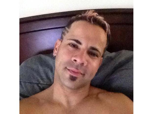 Xavier Emmanuel Serrano Rosado foi identificado como uma das vítimas do massacre em boate em Orlando, nos Estados Unidos (Foto: Facebook/Handout via REUTERS)