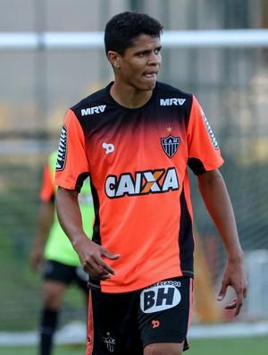 Douglas Santos em treino do Atlético-MG (Foto: Bruno Cantini/Atlético MG)