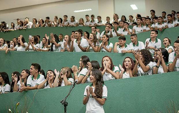Comemoração de prêmio: o Governo do Ceará é referência nacional na área de educação, apresentando ótimos desempenhos nos índices que medem a qualidade educacional no país (Foto: ARIEL GOMES / GOVERNO DO CEARÁ)