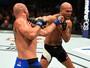 Robbie Lawler volta a vencer e supera Cerrone em batalha no UFC 214