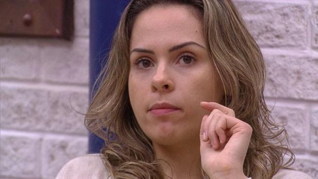 BBB 16: Ana Paula observa e chama brothers de falsos (Minuto a Minuto - BBB)