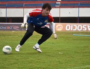 Goleiro Sérvulo promete fechar o gol novamente (Foto: Felipe Martins)