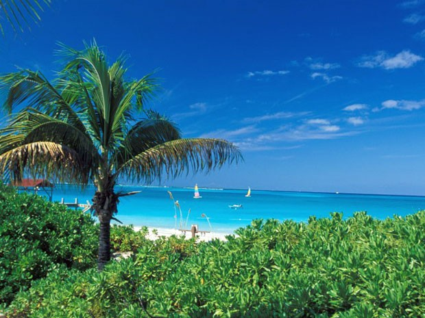 Grace Bay Beach, em Turks & Caicos (Foto: Angelo Cavalli/Tips/ Photononstop/AFP)