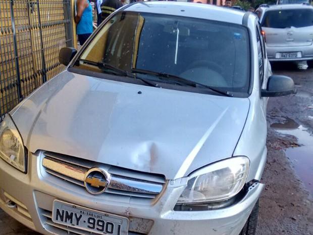 Adolecentes tentaram fugir da polícia em São Luís em veículo roubado (Foto: Divulgação/PM-MA)