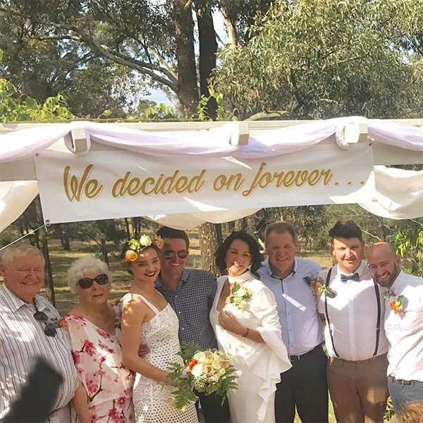 Miranda Kerr no casamento do irmão Matt (Foto: Instagram)