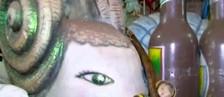 Carnavalesco de Uchoa guarda relíquias (Reprodução/TVTEM)