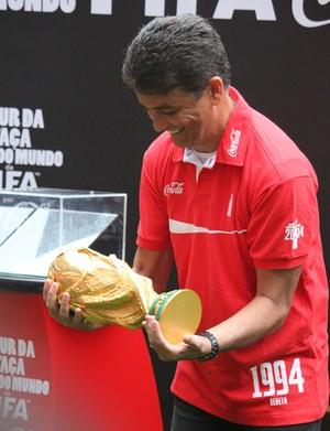 Bebeto Tour da Taça em Brasília (Foto: Fabrício Marques)