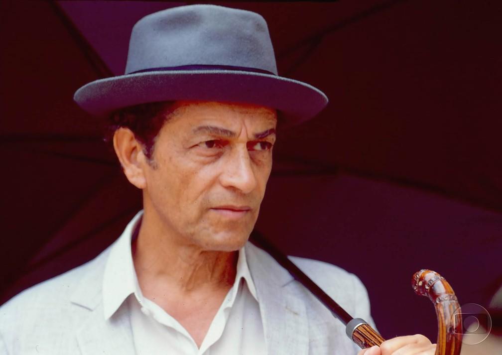 Nelson Xavier na novela 'Renascer', de 1993 (Foto: TV Globo/Cedoc)