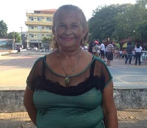 Lindalva Maia participante do Esporte e Saúde para os Idosos realizada na praça do Barão do Rio Branco, centro de Macapá (Foto: Karol Aood/GE-AP)