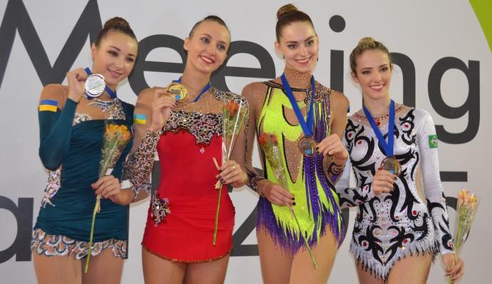 Viktoriia Mazur, Ganna Rizatdinova, Viktoriia Mazur e Natália Gaudio (Foto: João Brito/GloboEsporte.com)