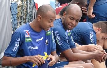 Rafael Jataí e Vinícius Kiss voltam a treinar com bola no Tupi-MG