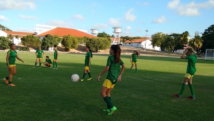 menina olímpica, treino (Foto: Crisneive Silveira)