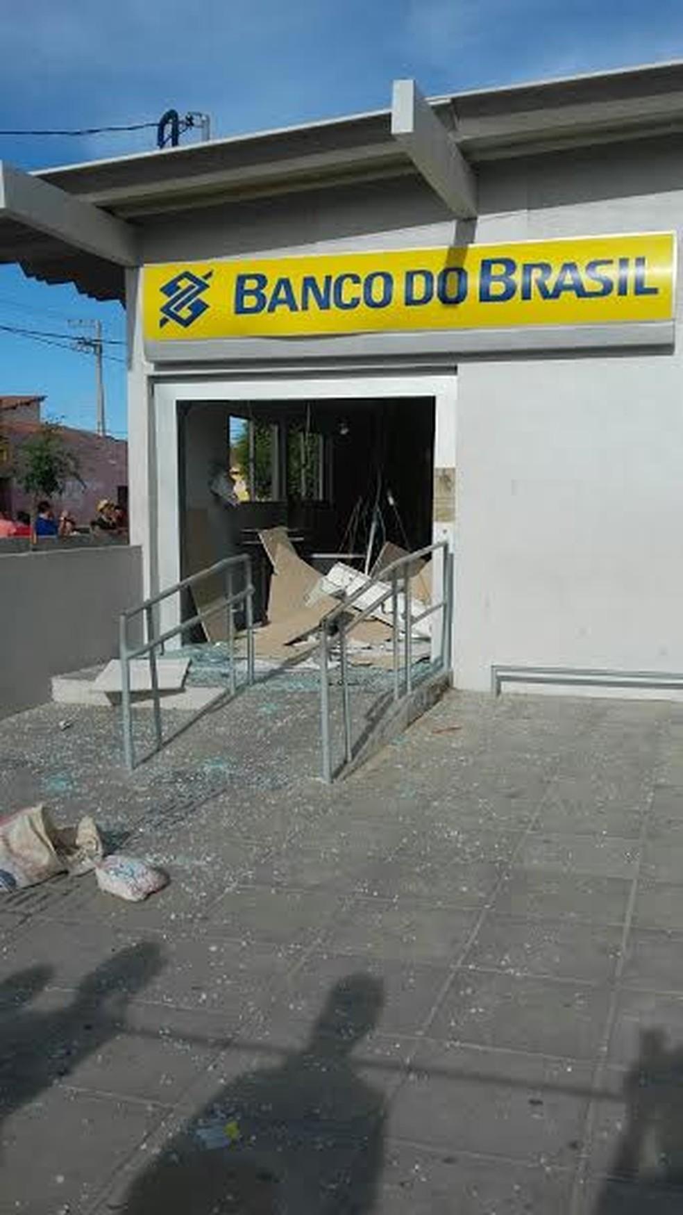 Bandidos explodiram agência do Banco do Brasil em Moreilândia (Foto: Leonilson Batista)