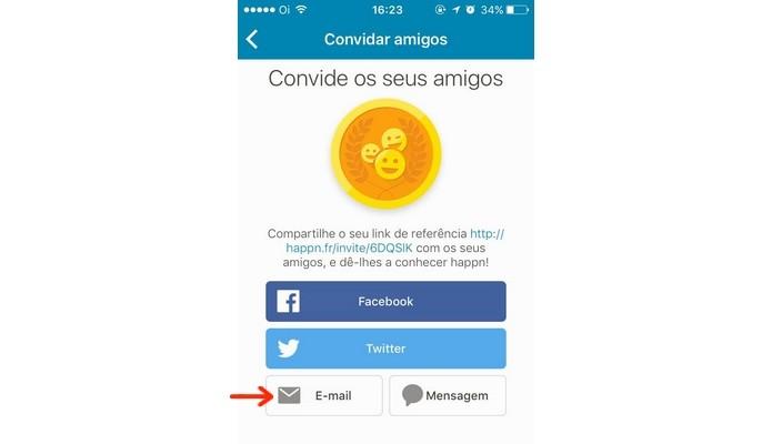 Opções de plataformas para envio do convite ao Happn (Foto: Reprodução/Raquel Freire)