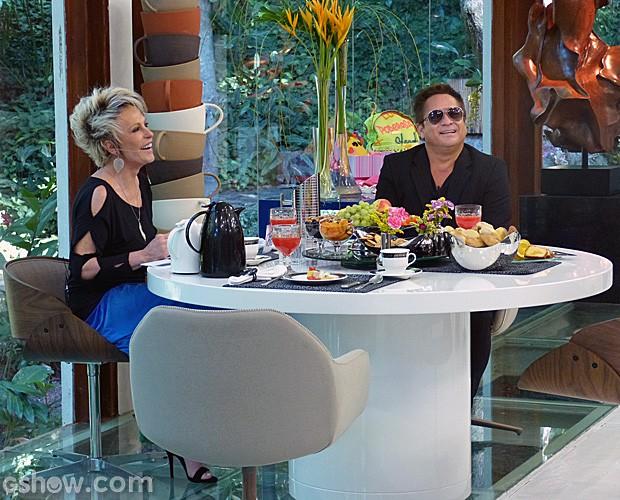 Ana Maria recebe o cantor Leonardo para o café da manhã  (Foto: Mais Você/TV Globo)