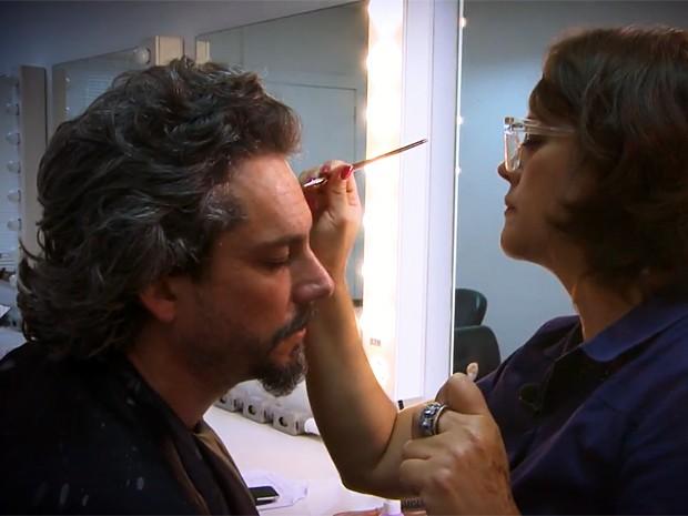 Valéria Toth 'envelhece' Nero (Foto: Gshow)