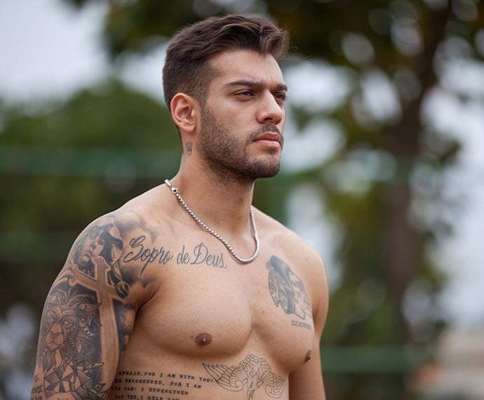 Uood sem camisa, porque sim (Foto: Fabiano Batagglin/Gshow)