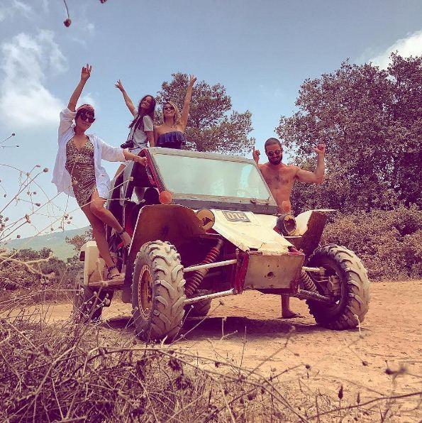 Fê Paes Leme e amigos durante viagem turística a Israel (Foto: Reprodução/Instagram)