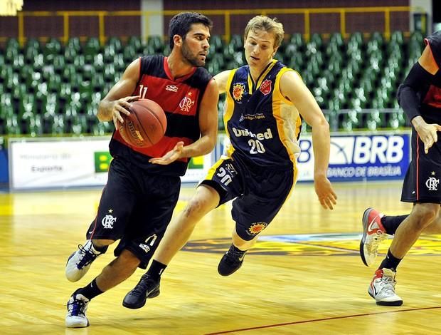 basquete Flamengo e São José LDB 2012 (Foto: João Pires / LNB)
